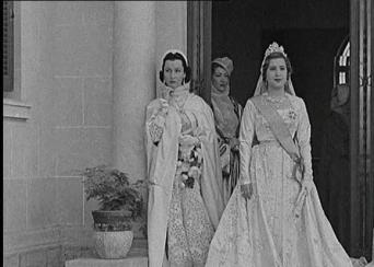princess-fawzia-and-queen-nariman.jpg
