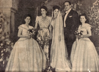 queen-nazli-attending-the-wedding-of-hrh-princess-faiza-to-bulent-mohamed-ali-raouf1.jpg