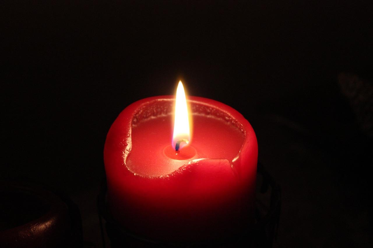 candle-471821_1280